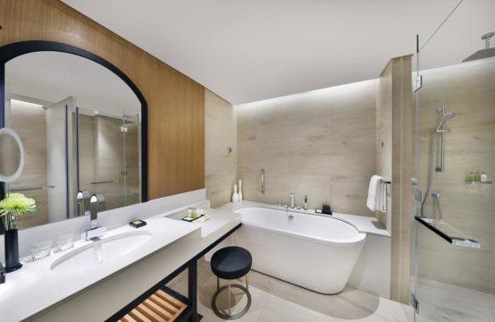 DoubleTree by Hilton Dubai &#8211&#x3B; Business Bay